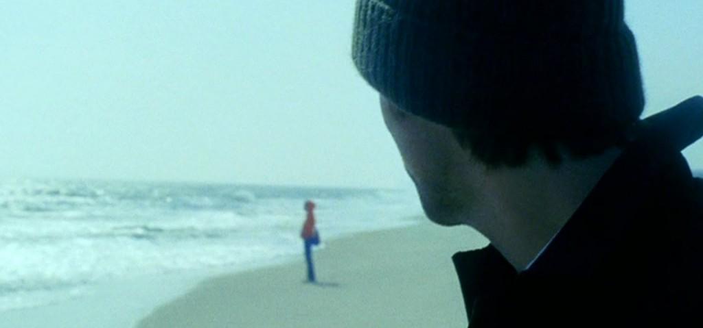 «La sabbia è sopravvalutata, sono solo sassi minuscoli. Se riuscissi a incontrare qualcun'altra. Le probabilità che questo succeda sono sempre di meno visto che non sono capace di stabilire un contatto visivo con una donna che non conosco.»