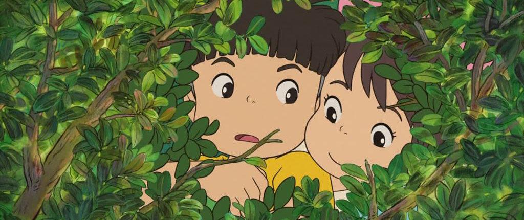 L'aspetto di Sōsuke riprende quello di Gorō Miyazaki, figlio di Hayao, all'età di cinque anni; pare che Ponyo sia ispirata alla figlia di tre anni di Katsuya Kondô, l'animatore capo, che a sua volta è stato ripreso nel personaggio di Fujimoto, che è appunto il padre di Ponyo.