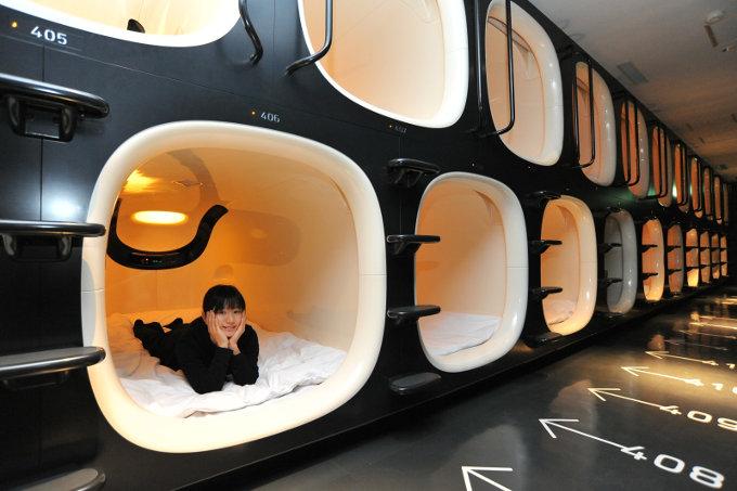 9-hours-capsule-hotel-07