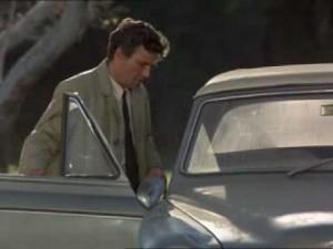 Colombo, ma ancora vai in giro con quell'auto?