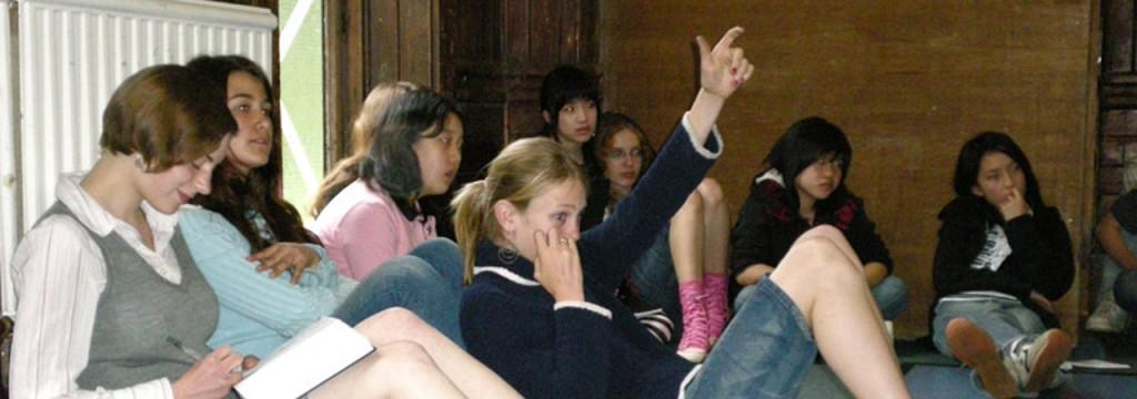 Gli studenti possono partecipare alla comunità di autogoverno della scuola.