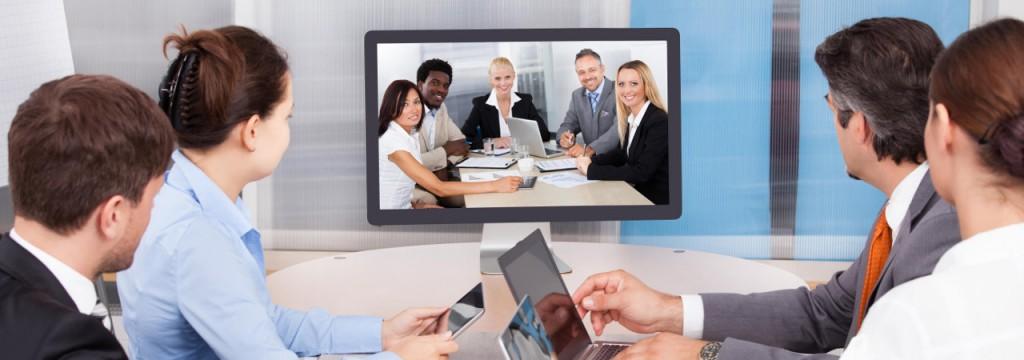 """Oggi è frequente che associazioni professionali organizzino """"webinar"""", cioè seminari su web – in rete."""