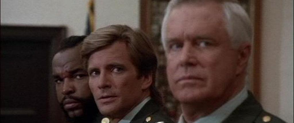 Qui manca Murdock perché non è ricercato dalle autorità militari.