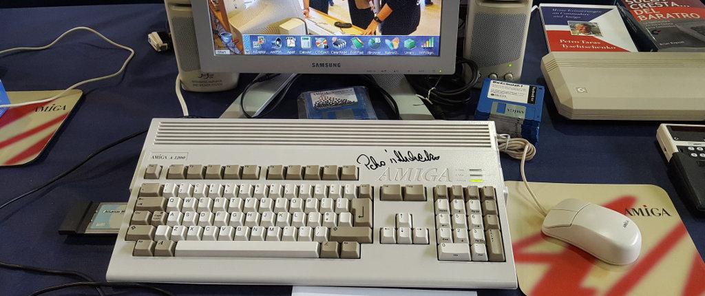 Sì, lo so, questo è un Amiga 1200 ma non son riuscito a trovare l'A500...